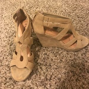 Top Moda beige wedges